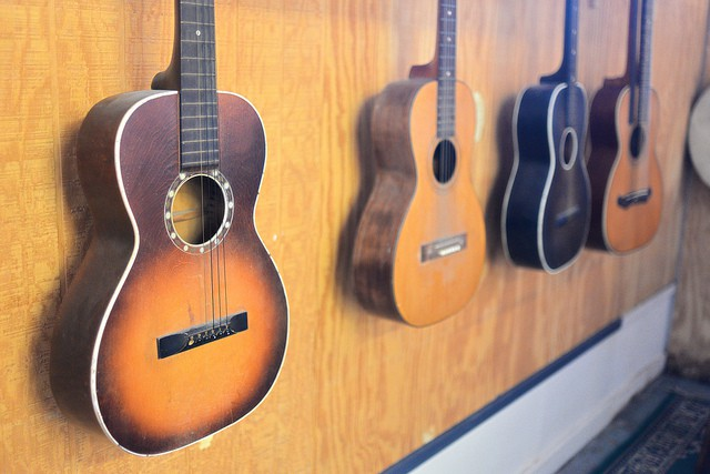 Should you buy your Child a Used Guitar?