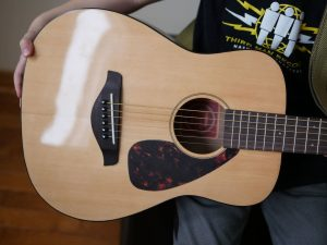 Front view of the FG JR2 guitar